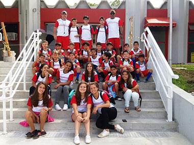 Programa Atleta do Futuro participa de Festival de Futsal