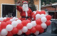 Festividades Natalinas em São Bento do Sapucaí tem chegada do Papai Noel e muitas apresentações