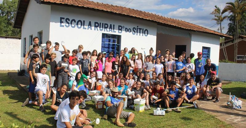 Escola Rural de São Bento é revitalizada em parceria com Acampamento Paiol Grande e Colégio de São Paulo
