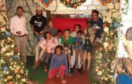 Crianças Sambentistas visitam fábrica de enfeites de Natal e se encantam